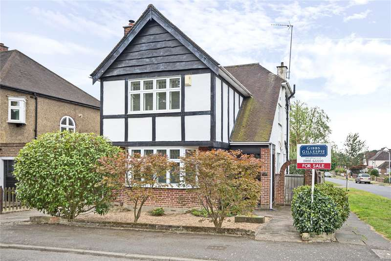 4 Bedrooms Detached House for sale in Bury Street, Ruislip, Middlesex, HA4