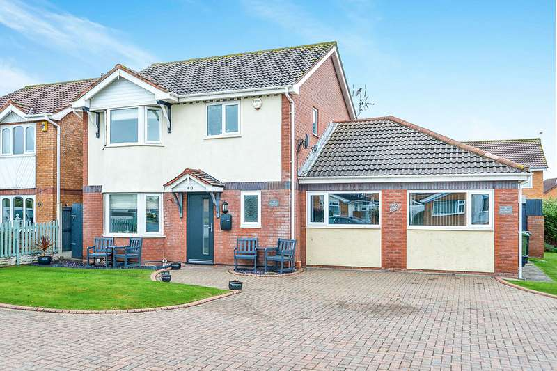 4 Bedrooms Detached House for sale in Ffordd Anwyl, Rhyl, Denbighshire, LL18