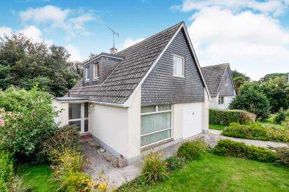 4 Bedrooms Bungalow for sale in Penzance, Cornwall