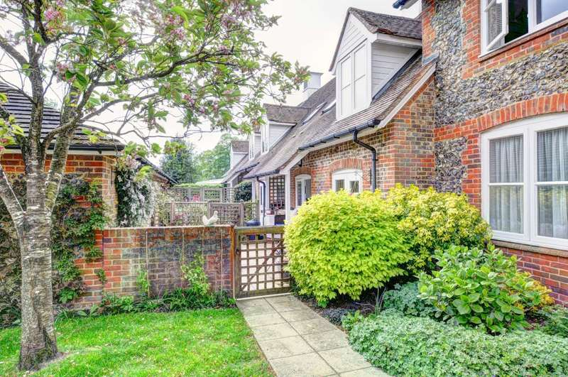 2 Bedrooms End Of Terrace House for sale in Framers Court, Lane End