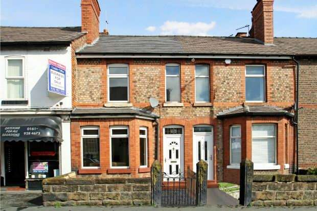 2 Bedrooms Terraced House for sale in Navigation Road, Altrincham