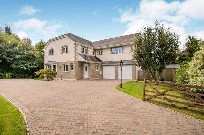 5 Bedrooms Detached House for sale in St. Columb Major, Cornwall
