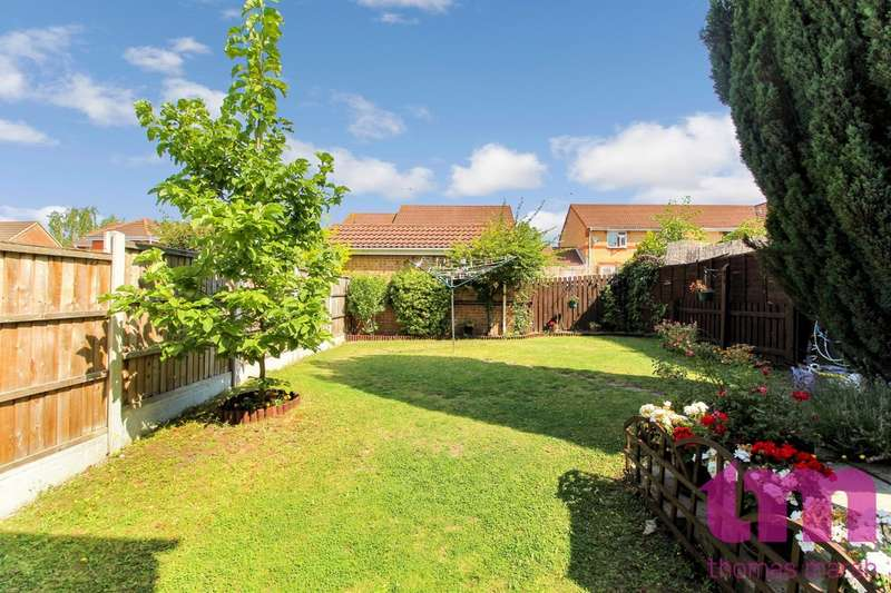 3 Bedrooms Semi Detached House for sale in Douglas Close, Chafford Hundred