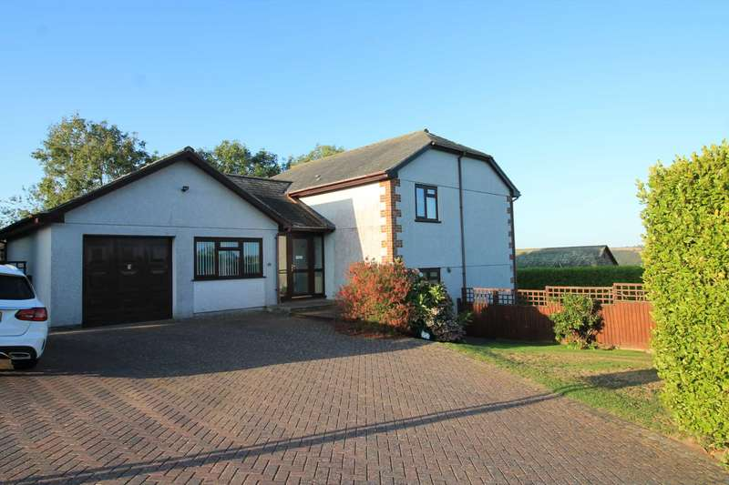 5 Bedrooms Detached House for sale in Bay Down, Looe