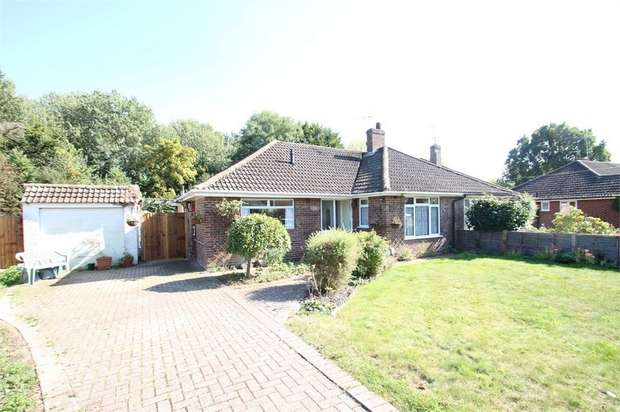 3 Bedrooms Semi Detached Bungalow for sale in Fairlands Road, Fairlands, GUILDFORD, Surrey