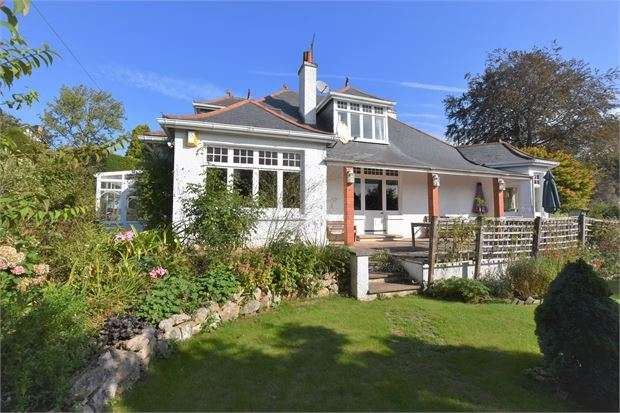 4 Bedrooms Detached Bungalow for sale in Keyberry Park, Newton Abbot, Devon. TQ12 1BZ
