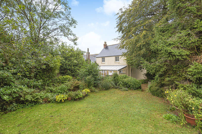 3 Bedrooms Detached House for sale in South Milton