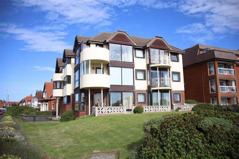 2 Bedrooms Apartment Flat for sale in Links Court, 83 South Promenade, St Annes On Sea