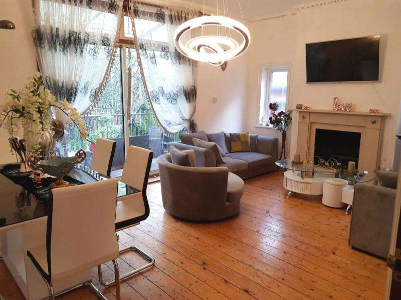2 Bedrooms Maisonette Flat for sale in Langley Park, Mill Hill Broadway, NW7