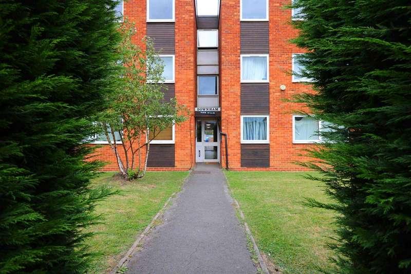2 Bedrooms Flat for sale in Downham Court