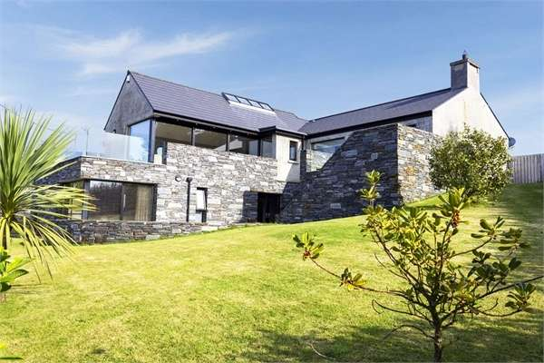 4 Bedrooms Detached House for sale in Skerryview, Craigahullier, Portrush, County Londonderry