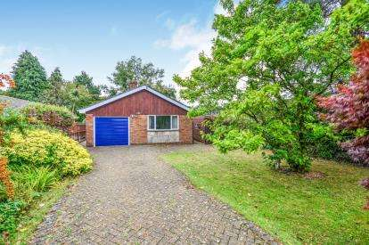 2 Bedrooms Bungalow for sale in North Baddesley, Hampshire, Southampton