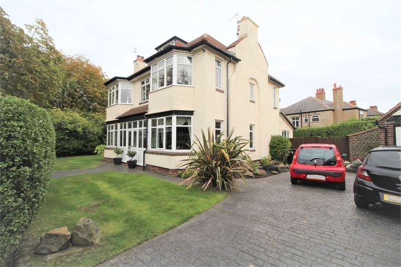 4 Bedrooms Detached House for sale in Park Avenue, Crosby, LIVERPOOL, Merseyside
