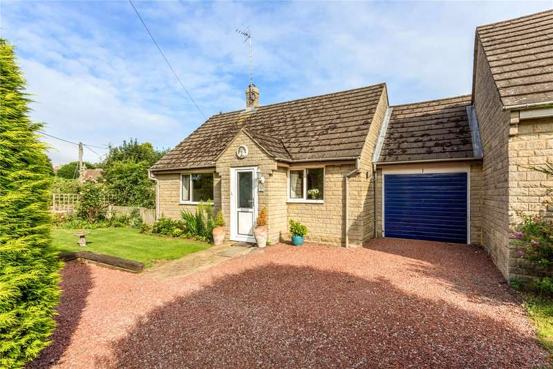 2 Bedrooms Detached Bungalow for sale in Brackley Road, Croughton, Brackley, Northamptonshire, NN13