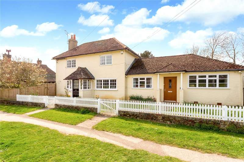4 Bedrooms Detached House for sale in The Common, Dunsfold, Godalming, Surrey, GU8