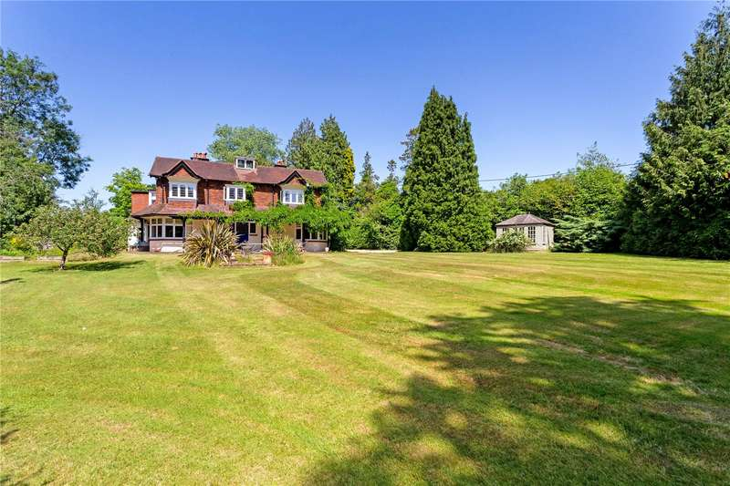 5 Bedrooms Detached House for sale in Ballsdown, Chiddingfold, Godalming, Surrey, GU8
