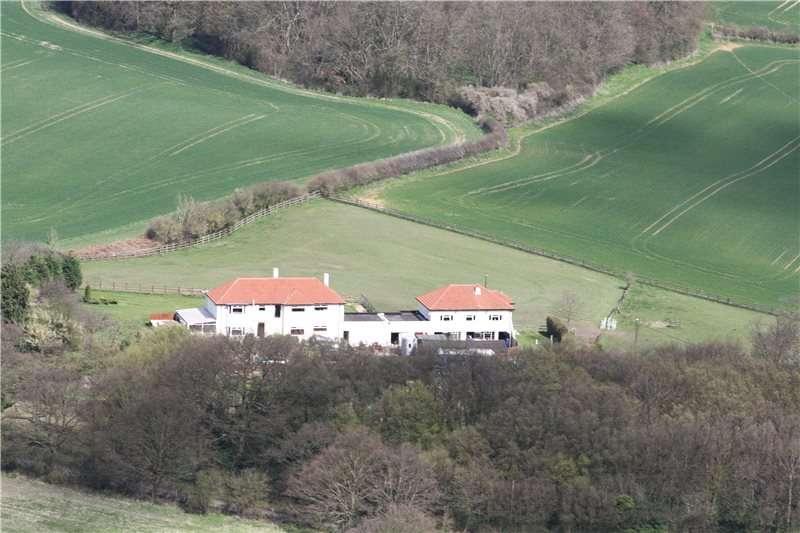6 Bedrooms Detached House for sale in Woodcock Hill, Sandridge, St. Albans, Hertfordshire, AL4