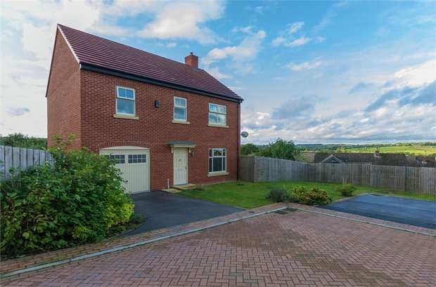4 Bedrooms Detached House for sale in Zouche Close, Heanor, Derbyshire