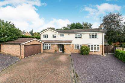 6 Bedrooms Detached House for sale in Green Park, Wrexham, Wrecsam, LL13
