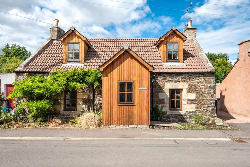 4 Bedrooms Detached House for sale in Torc Cottage, Old Mill Road, Craigrothie, Cupar, Fife, KY15