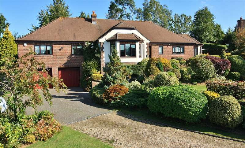 4 Bedrooms Bungalow for sale in Broadshard, Crewkerne, Somerset, TA18