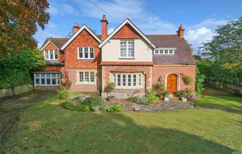 5 Bedrooms Detached House for sale in Riverview Road, Pangbourne