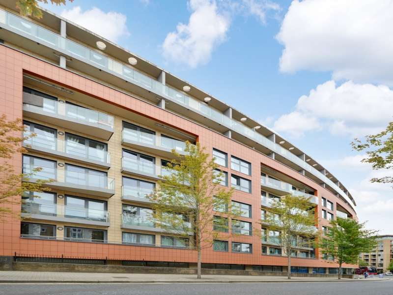 2 Bedrooms Flat for sale in Surrey Quays Road, Canada Water SE16