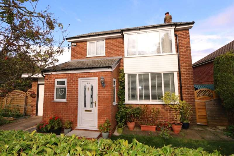 3 Bedrooms Detached House for sale in Rivermead Road, Denton, Manchester, M34