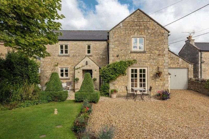 4 Bedrooms Property for sale in Martins Croft Colerne, Chippenham