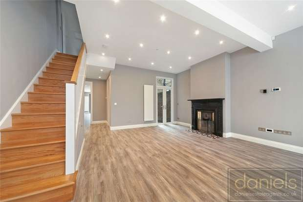 4 Bedrooms Terraced House for sale in Ridley Road, Kensal Green, London