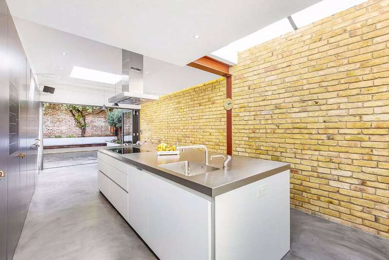 4 Bedrooms House for sale in Harberson Road, Balham