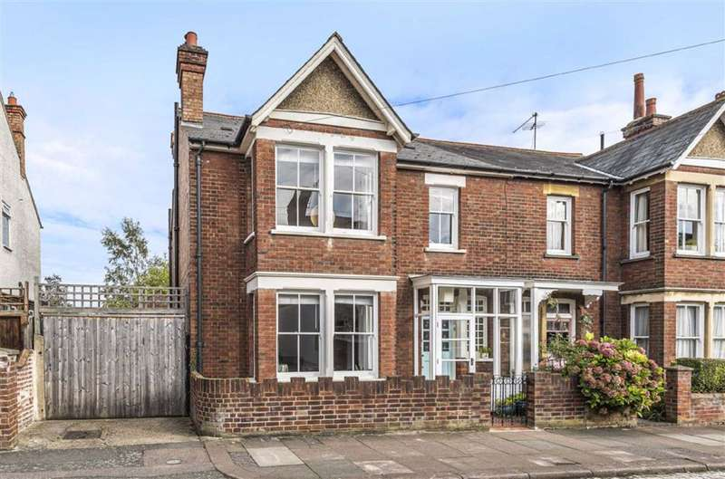 4 Bedrooms Semi Detached House for sale in Bradgate Road, Bedford