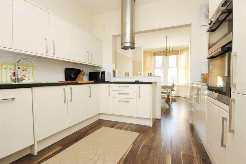 4 Bedrooms Semi Detached House for rent in Egerton Gardens, Ealing, W13