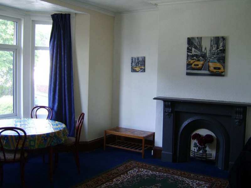 4 Bedrooms Terraced House for sale in Chepstow Rd, Newport NP19