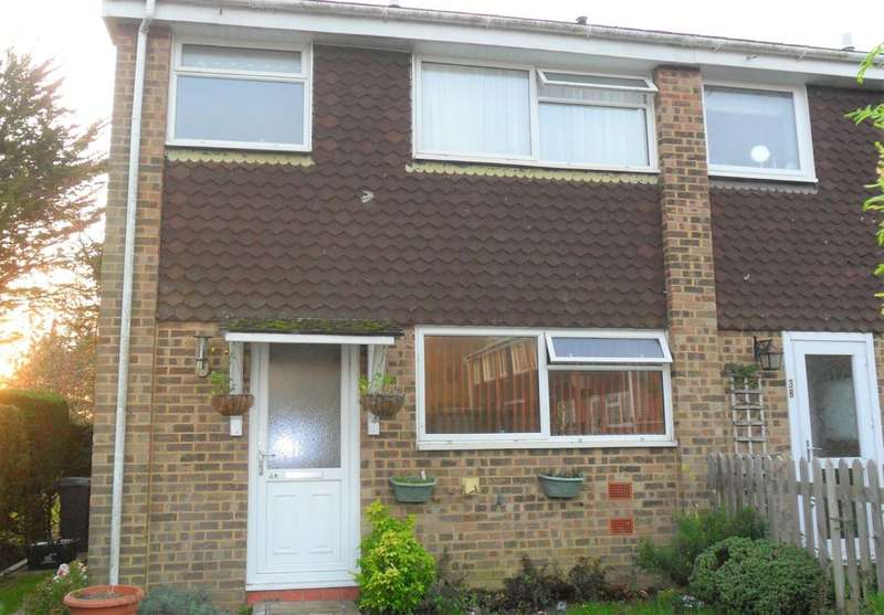 3 Bedrooms Property for sale in Pleasance Way, New Milton BH25