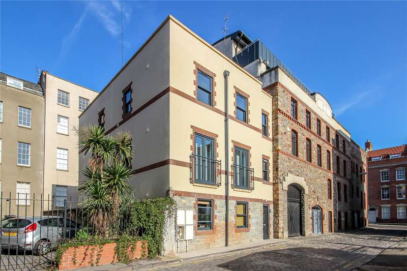 2 Bedrooms Flat for sale in Norfolk Heights, 3 Norfolk Avenue, Bristol BS2