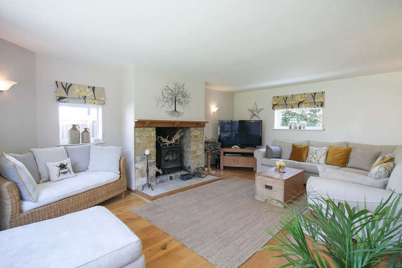 3 Bedrooms Detached Bungalow for sale in Colemans Hatch, East Sussex