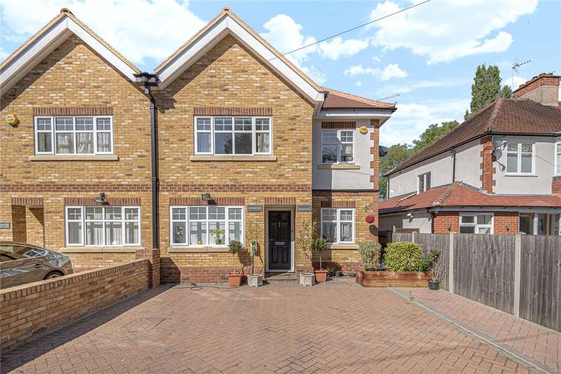 6 Bedrooms Semi Detached House for sale in Cuckoo Hill, Pinner, Middlesex, HA5