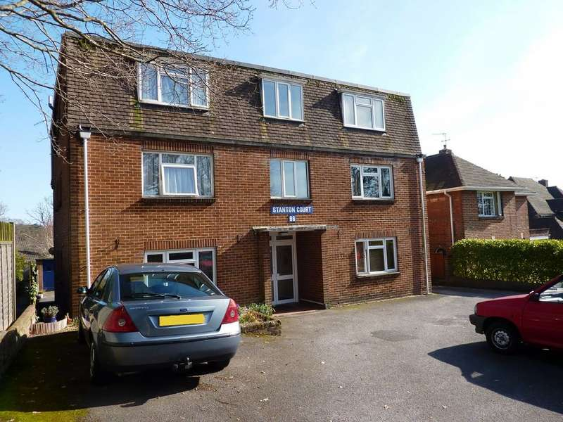 2 Bedrooms Flat for rent in Poole, Dorset BH14