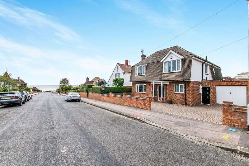 3 Bedrooms Detached House for sale in St. Mildreds Avenue, Ramsgate, CT11