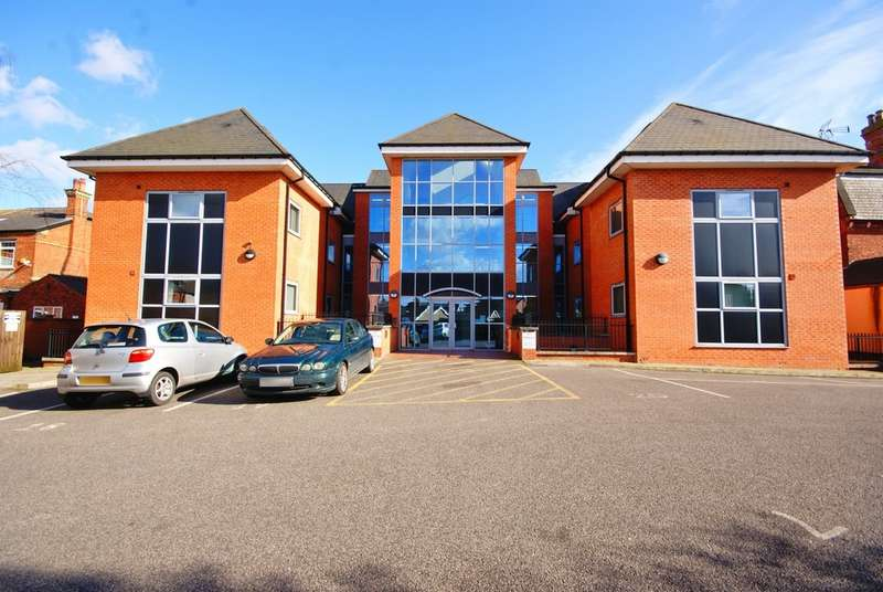 2 Bedrooms Apartment Flat for rent in St Catherines Mews, Lincoln LN5
