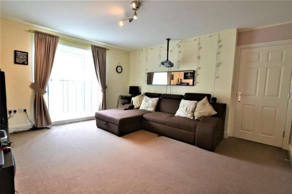 2 Bedrooms Apartment Flat for sale in Alice Bell Close, Cambridge