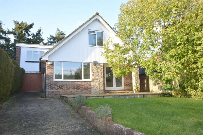 4 Bedrooms Detached House for sale in Private Road, Marsh Lane, Lymington, Hampshire, SO41