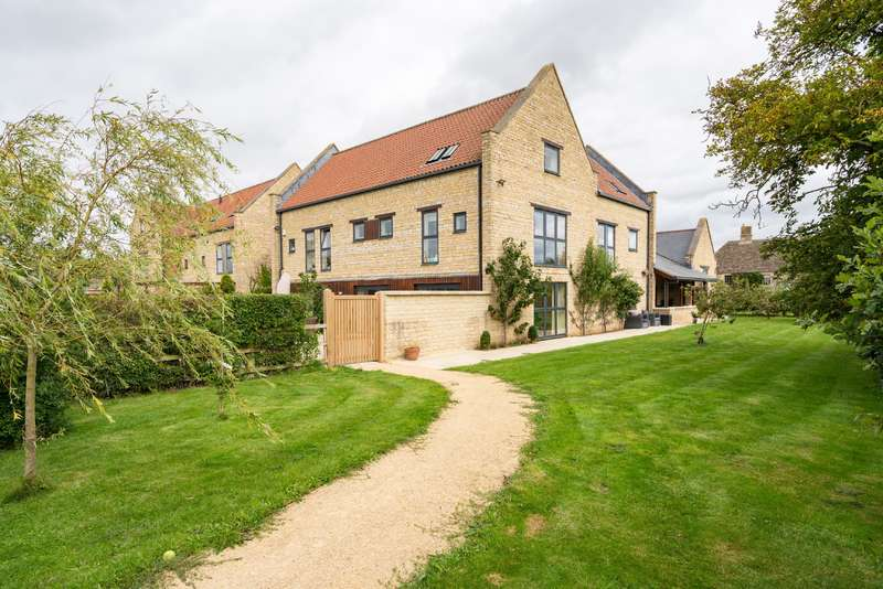 6 Bedrooms Detached House for sale in Ettone Barns, CASTLE EATON