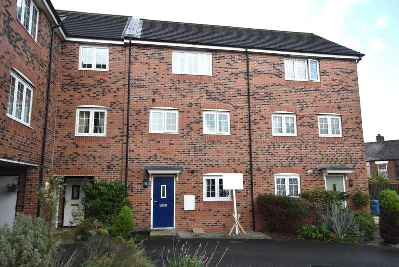 4 Bedrooms Town House for sale in Hornbeam Close, Wesham, PR4 3ES