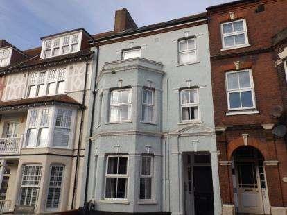 2 Bedrooms Flat for sale in Cromer, Norfolk, United Kingdom