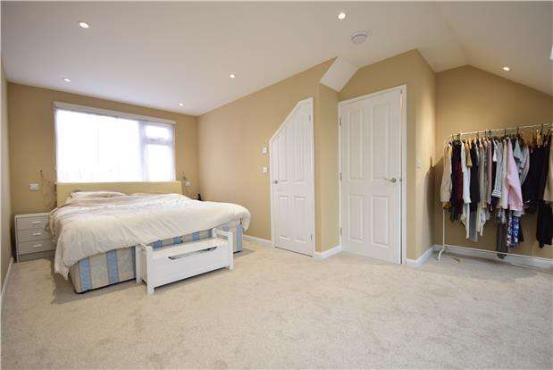 4 Bedrooms Terraced House for sale in College Road, Fishponds, BRISTOL, BS16 2HP