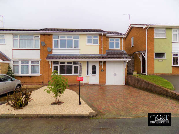 4 Bedrooms Semi Detached House for sale in HALESOWEN, West Midlands, B63