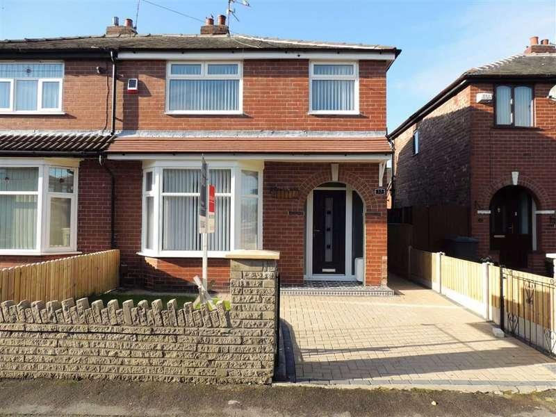 3 Bedrooms Semi Detached House for sale in Ruskin Road, Droylsden, Manchester