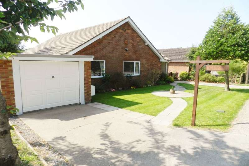 3 Bedrooms Detached Bungalow for sale in Alford Road, Bilsby, Alford, LN13